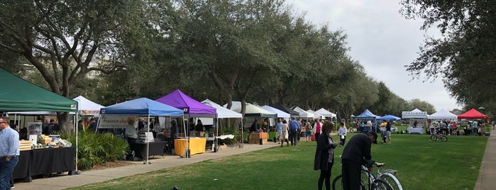 Rosemary Beach Farmers Market is one of Lugares favoritos de Pouya.