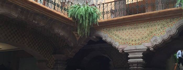 Hotel La Casa de la Marquesa is one of Locais curtidos por Carlos.