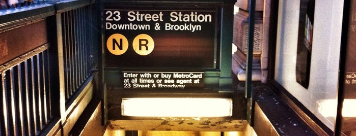 MTA Subway - 23rd St (R/W) is one of Orte, die David gefallen.