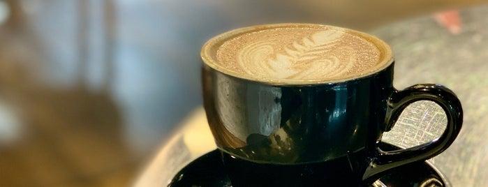 FUMI Coffee is one of Shuang'ın Beğendiği Mekanlar.