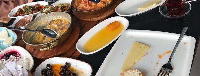 Ramazan Bingöl Köfte & Steak is one of Basin Ekspres.