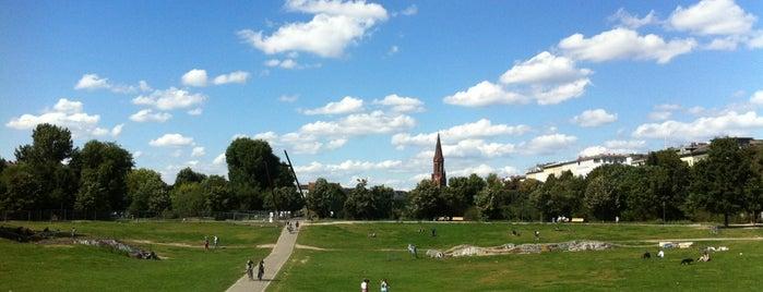 Görlitzer Park is one of Ich bin ein Berliner.