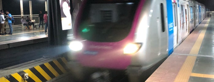 Marol Naka Metro Station is one of Line 1 (Mumbai Metro).
