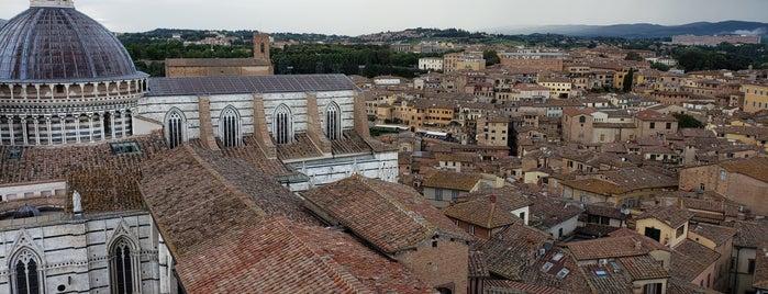 Panorama Del Duomo is one of Posti che sono piaciuti a Richard.