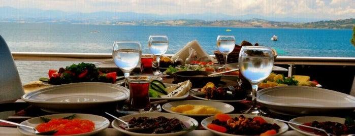 Şakir Restaurant is one of Locais curtidos por Cenk.