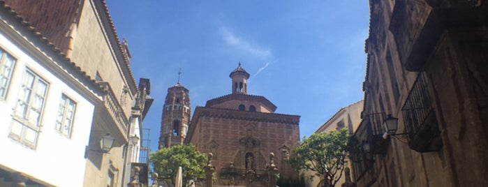 Poble Espanyol is one of Fahimaさんのお気に入りスポット.