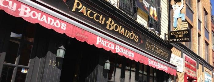 Patty Bolands Pub is one of สถานที่ที่ Adan ถูกใจ.