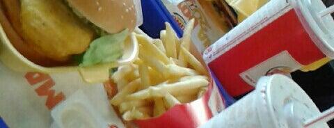 Burger King is one of Tempat yang Disukai Reşat Ertan.
