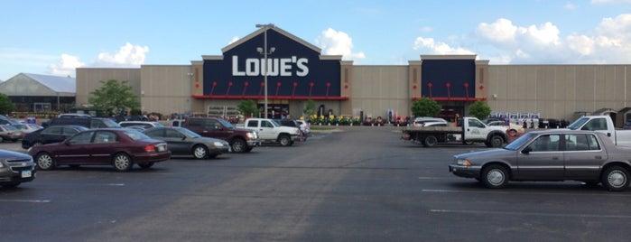 Lowe's is one of Derek 님이 좋아한 장소.