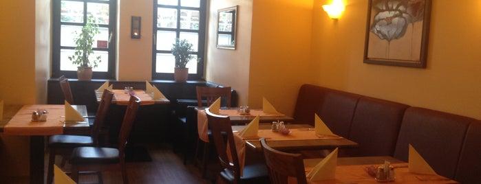 Restaurant Vrinda is one of Posti salvati di Flo.
