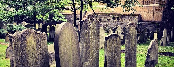 Bunhill Fields is one of Bucket List ☺.