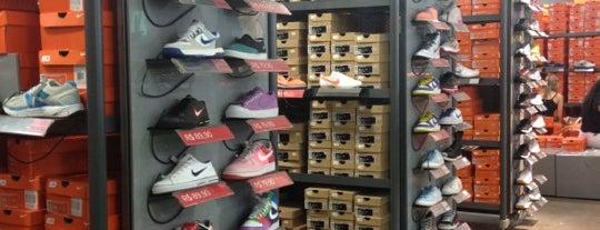 Nike is one of Tempat yang Disimpan Tatiana.