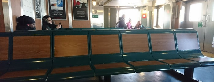Staten Island Ferry Bicycle Waiting Area is one of Orte, die Alan-Arthur gefallen.