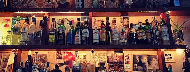 Arcadia Liquors is one of Sydney eats 'n' treats.