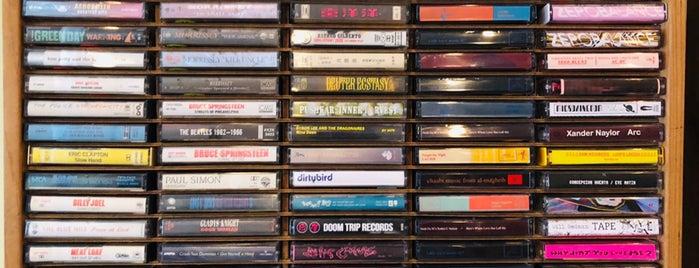 Record Shop is one of Posti che sono piaciuti a P..