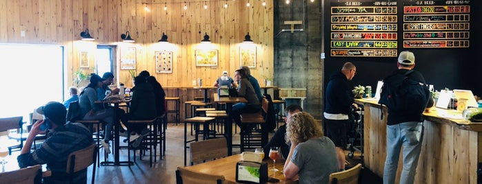 Devil's Club Brewing Company is one of Cusp25 : понравившиеся места.
