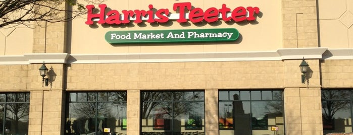 Harris Teeter is one of Posti che sono piaciuti a Tenessa.