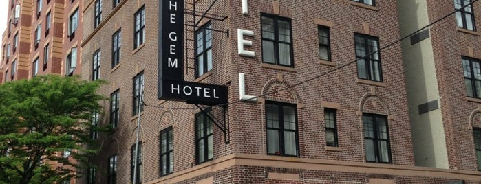 The GEM Hotel is one of Lugares favoritos de Joshua.
