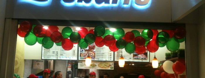 Sbarro is one of mis favoritos.
