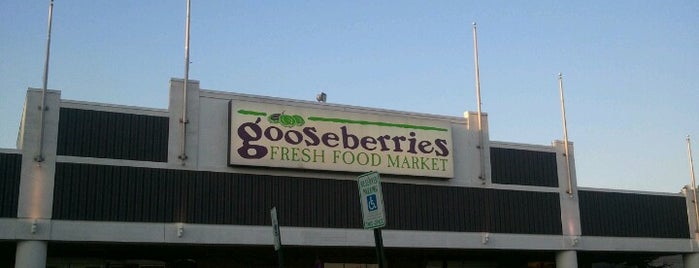Gooseberries Fresh Food Market is one of Orte, die John gefallen.