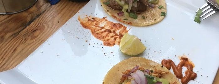 Tulum Restaurante Mexicano is one of สถานที่ที่ JMB ถูกใจ.