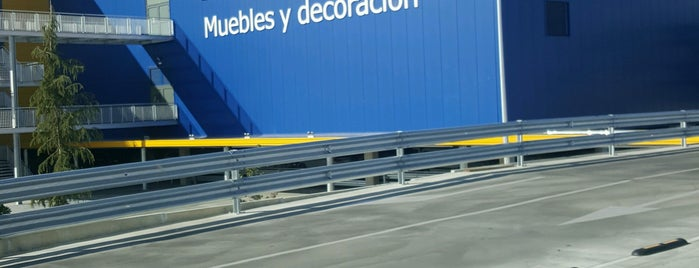IKEA is one of Orte, die Eugenio gefallen.