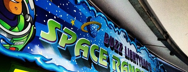 Buzz Lightyear's Space Ranger Spin is one of Orlando/2013.