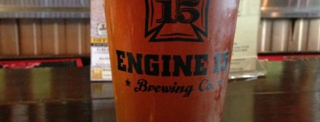 Engine 15 Brewing Co. is one of Lugares favoritos de McKenzie.