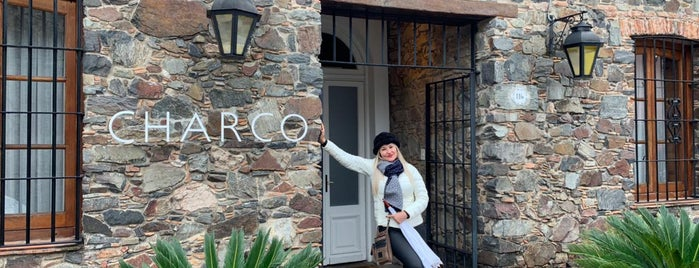 Charco Hotel is one of Locais curtidos por Roza.