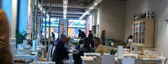 Galleria Meravigli Bistrot is one of amiche.