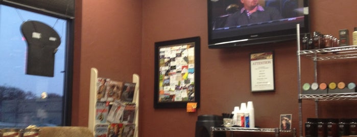 The BarberShop is one of Lugares favoritos de Bob.