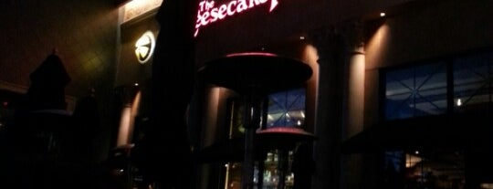 The Cheesecake Factory is one of Lugares favoritos de Melek.
