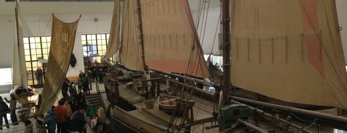 Deutsches Museum is one of Ships (historical, sailing, original or replica).