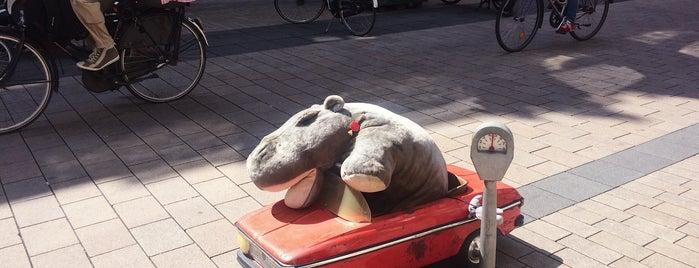 Het Zingende Nijlpaard is one of Best of Tilburg.