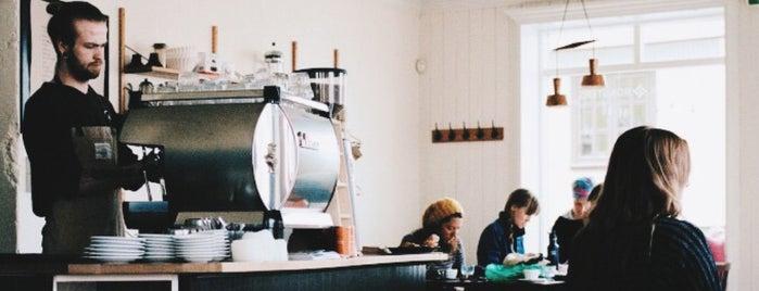 Reykjavík: My favorite coffee shops & bakeries!