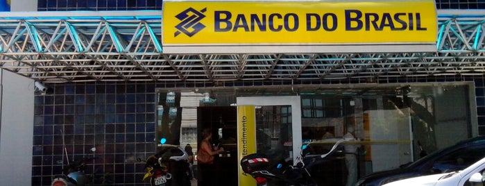 Banco do Brasil is one of Tempat yang Disukai Mayra.