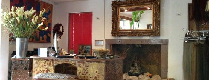Navarro Hair Studio is one of Lugares favoritos de Pablo.
