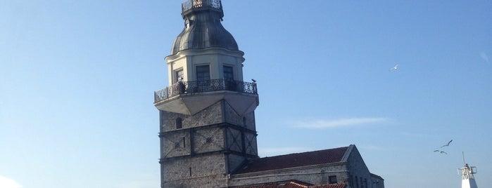Kız Kulesi is one of H'ın Beğendiği Mekanlar.