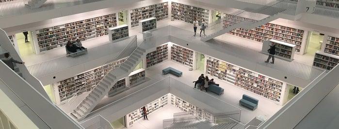 Stadtbibliothek am Mailänder Platz is one of Dave 님이 좋아한 장소.