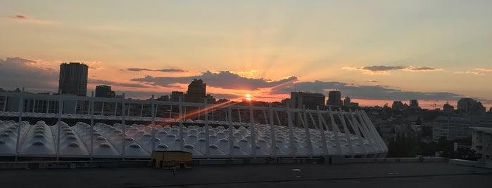 обзорная площадка на НСК Олимпийский is one of Orte, die Rustem gefallen.