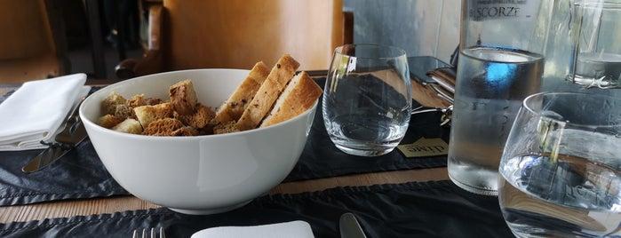 Dime Bistrot is one of cibo e beveraggi.