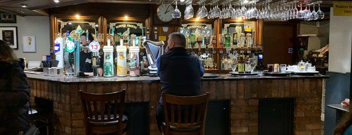 Fullerton Arms Guest Inn is one of Orte, die Silvia gefallen.