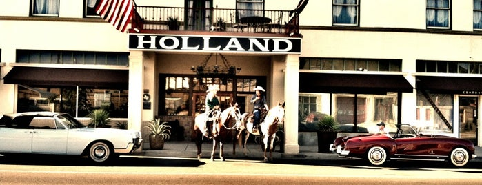The Holland Hotel is one of Tempat yang Disukai Diana.