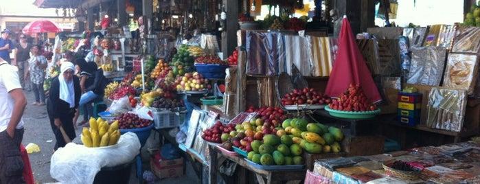 Pasar Merta Sari Candi Kuning is one of Bali.