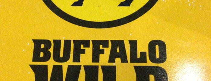 Buffalo Wild Wings is one of Lieux qui ont plu à Berenice.