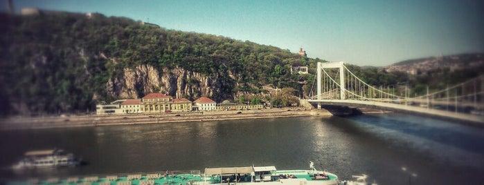 Maverik Hostel & Ensuites is one of Budapest.