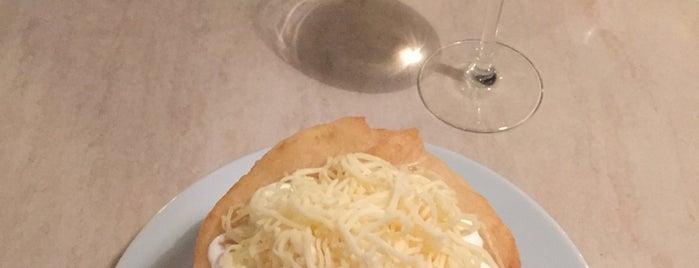 Menza étterem és kávézó is one of Locais curtidos por Mariana.