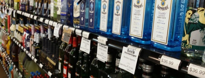 Lee's Discount Liquor is one of Randy 님이 좋아한 장소.