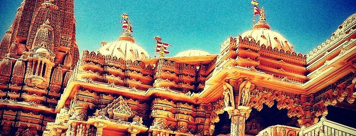 BAPS Shri Swaminarayan Mandir is one of LA/SoCal.