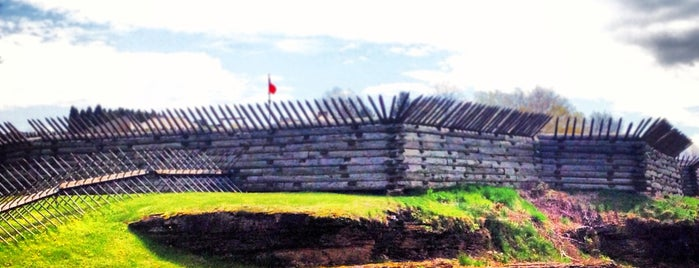 Fort Ligonier is one of PA and WV.